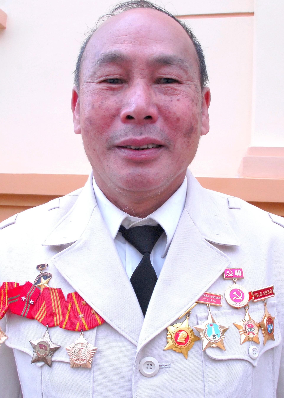 1.Vũ Hiệp Xạ - người cựu chiến binh cống hiến cả cuộc đời cho sự nghiệp đấu tranh giải phóng dân tộc.