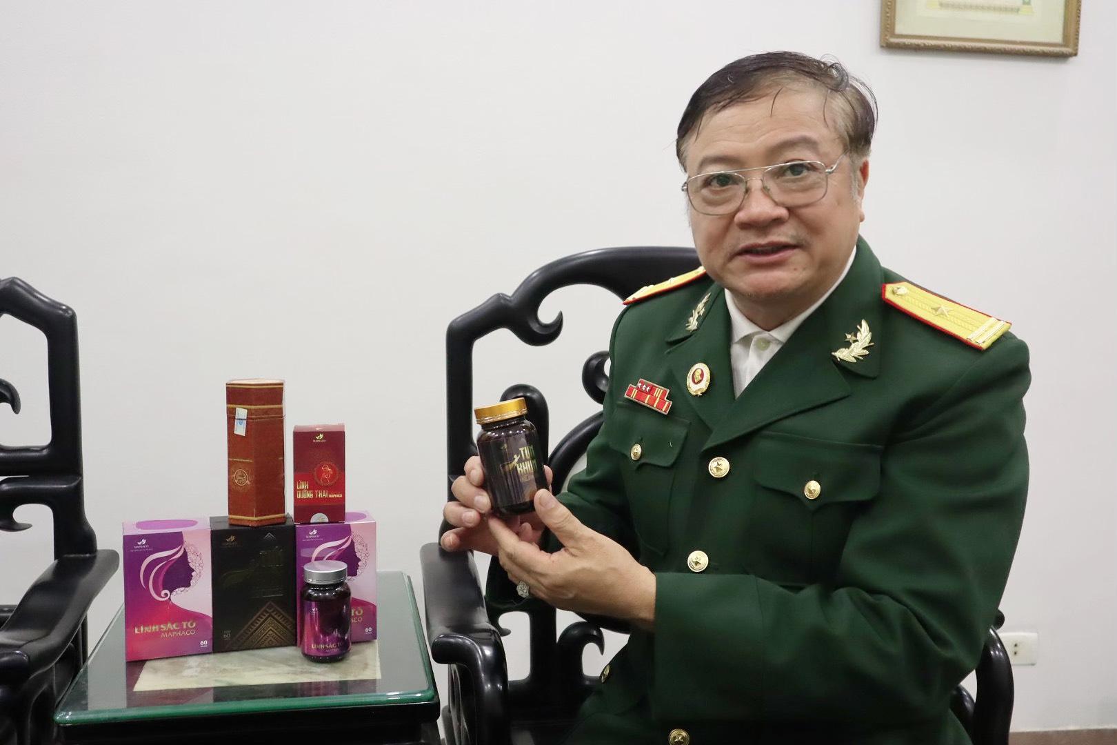 Thương binh, lương y Trần Đình Nhân chia sẻ về công dụng của sản phẩm mà ông đã dày công nghiên cứu.