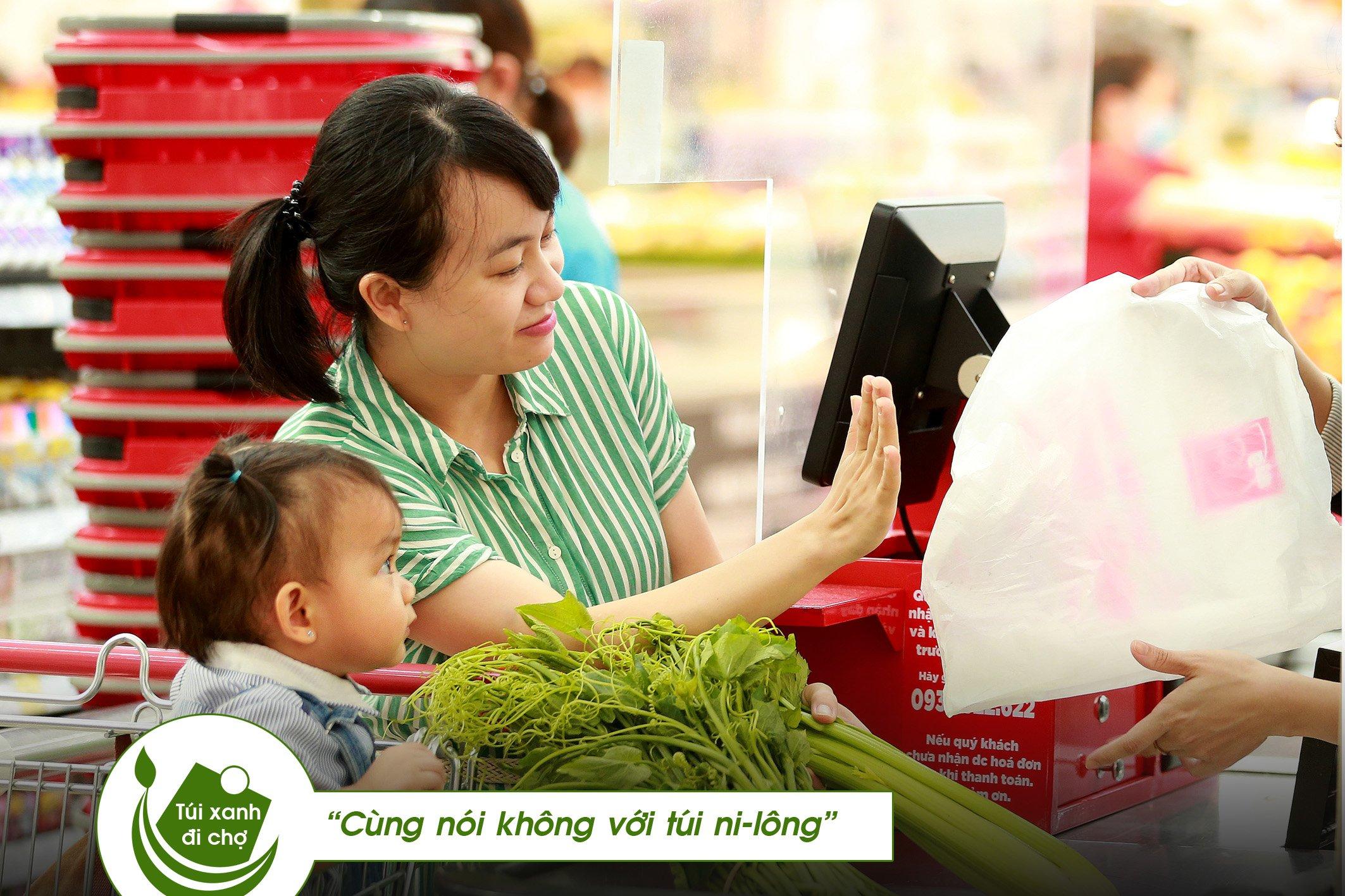 TOUCH: ''túi xanh đi chợ'' sẽ được thực hiện trên phương thức ''triển lãm trực tuyến''