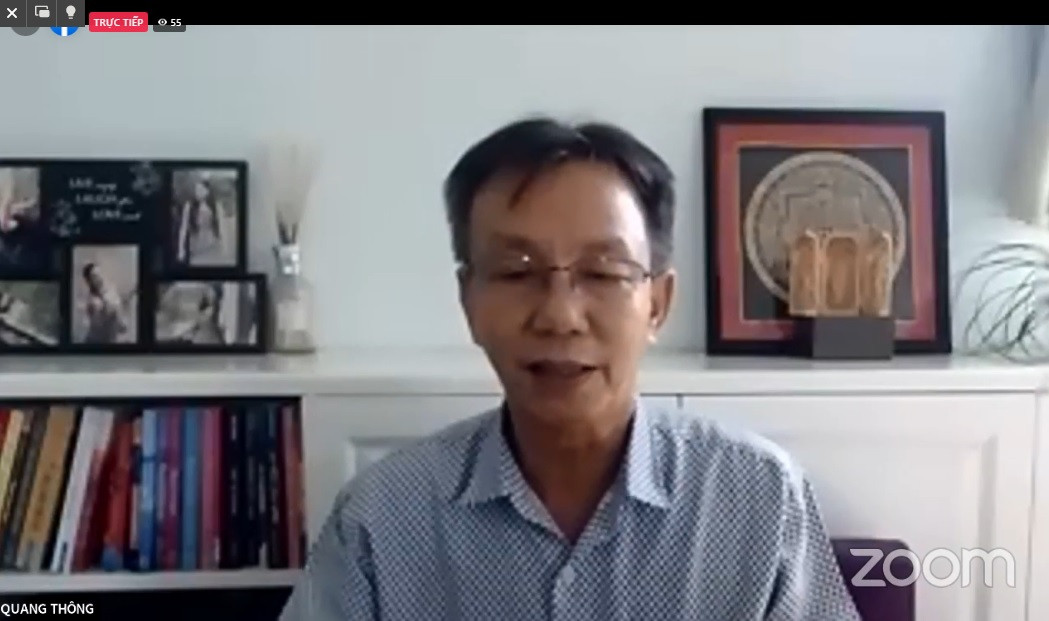 Nhà báo Nguyễn Quang Thông - Tổng Biên tập Báo Thanh niên phát biểu từ điểm cầu Thành phố Hồ Chí Minh.