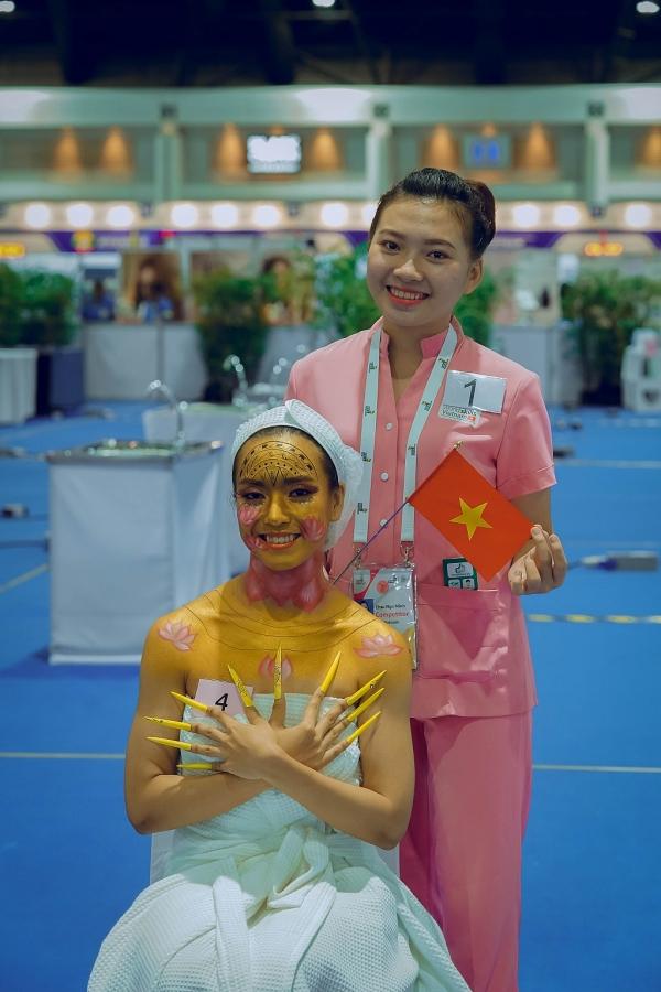 Sinh viên khoa Chăm sóc sắc đẹp và bài dự thi đạt giải cao tại kỳ thi tay nghề quốc tế
