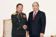 Thủ tướng tiếp Bộ trưởng Quốc phòng Lào