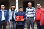 """Chàng 9X nghèo phụ bán căng tin """"trúng"""" 1,5 tỉ đồng"""