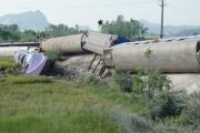 Hiện trường vụ tai nạn lật tàu kinh hoàng ở Thanh Hoá