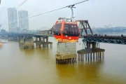 Hà Nội sẽ có 'xe bus bay' vượt sông Hồng?