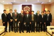Quyền Bộ trưởng Nguyễn Mạnh Hùng tiếp Đại sứ toàn quyền Australia tại Việt Nam