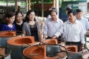 """""""Bếp đun cải tiến"""" được xét tặng """"Giải thưởng Nhân tài Đất Việt trong lĩnh vực khuyến học, khuyến tài"""""""