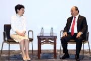 Thủ tướng Nguyễn Xuân Phúc gặp gỡ một số trưởng đoàn dự Hội nghị APEC