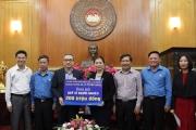 Bộ TT&TT trao 200 triệu đồng ủng hộ tháng hành động vì người nghèo cho Ủy ban TƯ MTTQ Việt Nam
