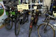 """Hà Nội: Choáng với xe đạp thời """"ông bà anh"""" trị giá hàng trăm triệu đồng"""
