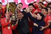 """Thủ tướng Nguyễn Xuân Phúc – Người """"truyền lửa"""" đặc biệt với bóng đá Việt Nam"""