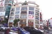Thời trang Việt: Trở về không dễ dàng