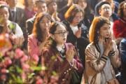 Hà Nội: Người dân nô nức đến chùa cầu bình an ngày đầu năm