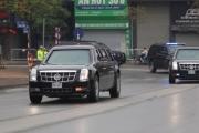 """Siêu xe """"Quái thú"""" của Tổng thống Trump lăn bánh trên đường phố Hà Nội"""