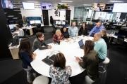 Công nghiệp báo chí thời hiện đại: Chuyển mình để trụ vững