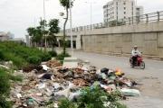 """Rác thải """"bủa vây"""" tuyến phố mang tên nhà tư sản Trịnh Văn Bô"""
