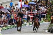 Hàng nghìn du khách đổ về Sa Pa tham dự lễ hội 'Vó ngựa trên mây'