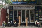 """Thủ phủ hàng xách tay trên phố Nguyễn Sơn """"nhộn nhịp"""" trở lại"""