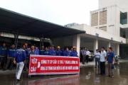 Công nhân biểu tình yêu cầu Công ty cổ phần Cầu 12 thanh toán tiền lương và nợ bảo hiểm xã hội
