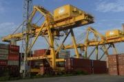 Bloomberg cảnh báo rủi ro nếu Việt Nam không đẩy nhanh tiến độ nâng cấp hạ tầng cảng