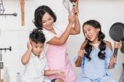 """MV """"Hợp đồng mẫu tử"""" của 3 mẹ con nhà Thái Thùy Linh vừa ra mắt tại Hà Nội"""