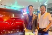 VinFast Lux đầu tiên làm xe dịch vụ chở khách hạng sang, shark Dũng trải nghiệm khen rất ổn