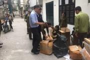 Hà Nội: Phát hiện cơ sở cắt mác hàng Trung Quốc, gắn nhãn Chanel, Gucci