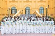 39 thí sinh Hoa khôi Thủ đô dịu dàng trong tà áo dài thăm lăng Bác