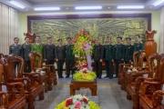 Công an tỉnh Thừa Thiên Huế thăm và tặng quà những người có công, nhân ngày 22/12