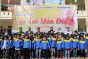 Nghệ An: Hơn 1.000 áo ấm đến với học sinh vùng biên giới