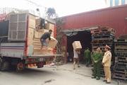Bắt giữ 3 xe ô tô hàng lậu trên tuyến Hà Nội - Lào Cai