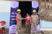 Hà Tĩnh: Điện lực Hương Sơn sửa chữa, thay thế thiết bị điện miễn phí cho những gia đình chính sách