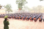 Gần 2000 học sinh ở Can Lộc (Hà Tĩnh) được truyền thông về pháp luật