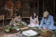 Gói bánh chưng ngày Tết, nét đẹp văn hóa Việt