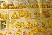 Giá vàng trong nước lại tăng mạnh