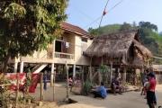 Người Ơ Đu tại Nghệ An: Than trời bởi nhà tái định cư xuống cấp