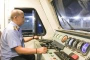 """Nguy cơ đường sắt Việt Nam dừng chạy tàu: Bài 1: """"Tôi thấy tôi thương những con tàu…"""""""