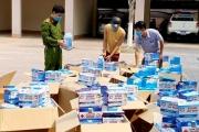 Hà Tĩnh: Dùng xe bán tải chở 50.000 khẩu trang không rõ nguồn gốc