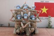 'Sứ giả' hòa bình Việt Nam trên tiền tuyến chống dịch COVID-19