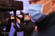"""Tác nghiệp báo chí trong """"đại dịch"""" Covid-19 : Những """"chiến binh"""" dũng cảm"""