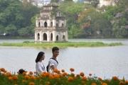 Bình yên phố đi bộ hồ Hoàn Kiếm
