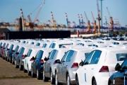 Ô tô thời đại hạ giá: Xe ế đầy bãi, thuế phí đều giảm