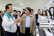 Hơn 7.000 lao động nước ngoài muốn nhập cảnh vào Việt Nam