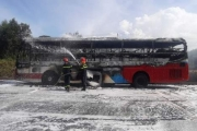Thừa Thiên – Huế: Xe giường nằm bốc cháy, nhiều hành khách thoát nạn