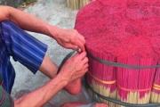 """Làng nghề làm tăm hương hơn 100 tuổi """"thoi thóp"""" trong cơn bĩ cực mang tên Covid -19"""