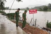 Hà Tĩnh: Ngập cục bộ ở nhiều địa phương; hơn 300.000 học sinh phải nghỉ học tránh lũ