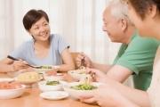 Vận động người dân tham gia Bảo hiểm xã hội, Bảo hiểm y tế, chuẩn bị tích lũy cho tuổi già từ khi còn trẻ