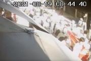 Hà Nội: Giật mình cảnh hàng trăm người đi đưa tang giữa dịch