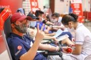 Hàng ngàn người đi hiến máu an toàn dịp giãn cách