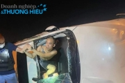"""Thanh niên xăm trổ nghi """"ngáo đá"""" lái Mazda CX5  gây tai nạn liên hoàn tại Đông Anh"""